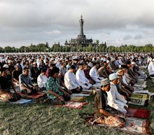 Eid Al-Fitr 2017 Quotes And Greetings