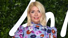 Holly Willoughby wows fans as she goes make-up free for video call with friends including Emma Bunton