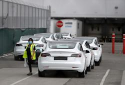 Tesla factory reported hundreds of COVID-19 cases after reopening