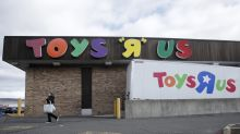 """Toys R Us cites holiday """"missteps,"""" says 182 stores to close"""