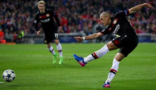 Bundesliga: Bayer in Freiburg wohl wieder mit Torjäger Hernandez