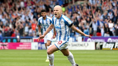 Magic Mooy leads Terriers to Newcastle win
