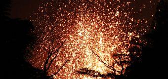 New Hawaii lava flow wreaks havoc