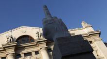 Piazza Affari recupera malgrado tensioni Governo. Corre Telecom