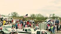 Dueling Immigration Protesters Face Off in Ariz.