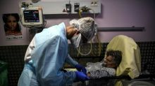 Covid-19: nouveau record avec 32.000 cas, près de 1.900 patients en réa