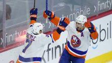 Leddy's OT goal lifts Islanders to 1-0 win over Flyers