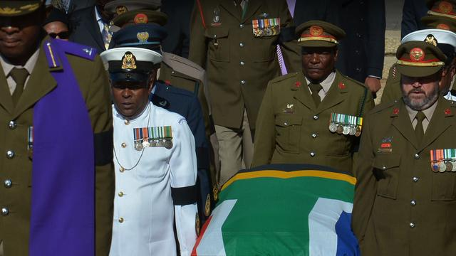 South Africans prepare for Mandela's funeral