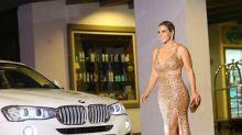 Carla Perez surge deslumbrante em festa luxuosa de Salvador