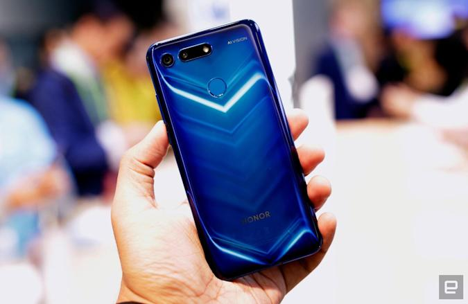 The Honor View 20 squeezes lots of quirks into a gorgeous body