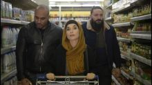 """""""La Daronne"""", un beau rôle pour Isabelle Huppert dans une comédie policière qui peine à sortir des stéréotypes"""