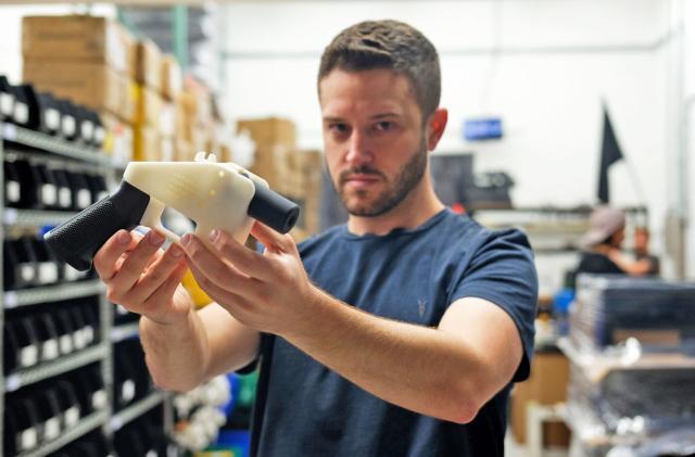Facebook is blocking links to 3D-printed gun files