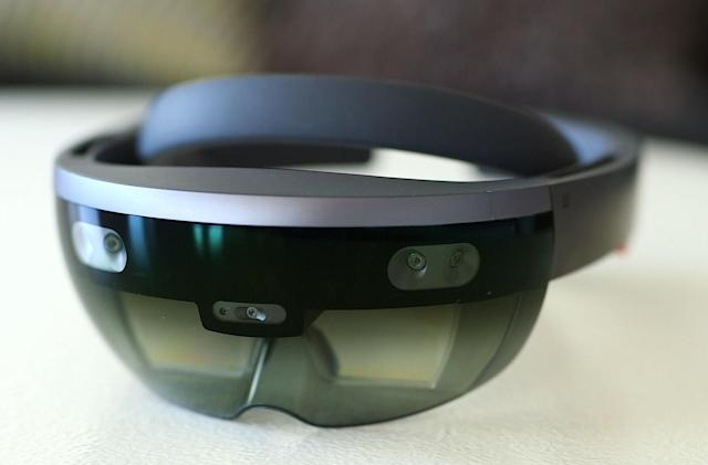 HoloLens' 24-core chip makes vivid AR possible