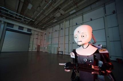 US Navy LASR research facility builds robots, not ray guns