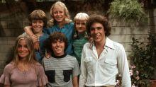 """Die Kinder der """"Die Brady Family"""" sind alle erwachsen und feiern in ihrem Fernseh-Heim Reunion"""
