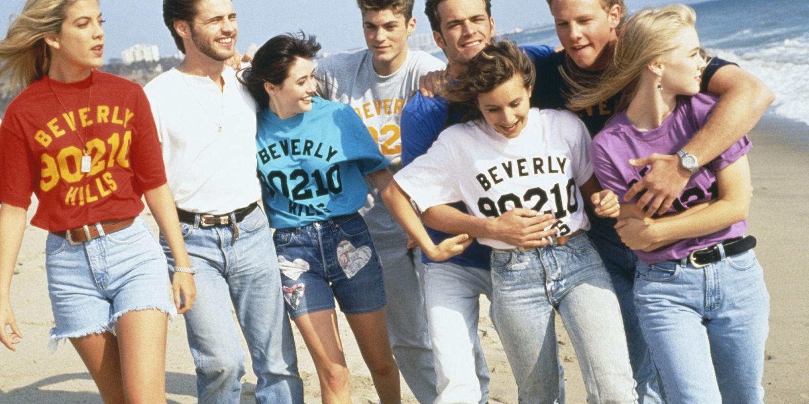 Mom Jeans Are Making a Comeback—Here's Why