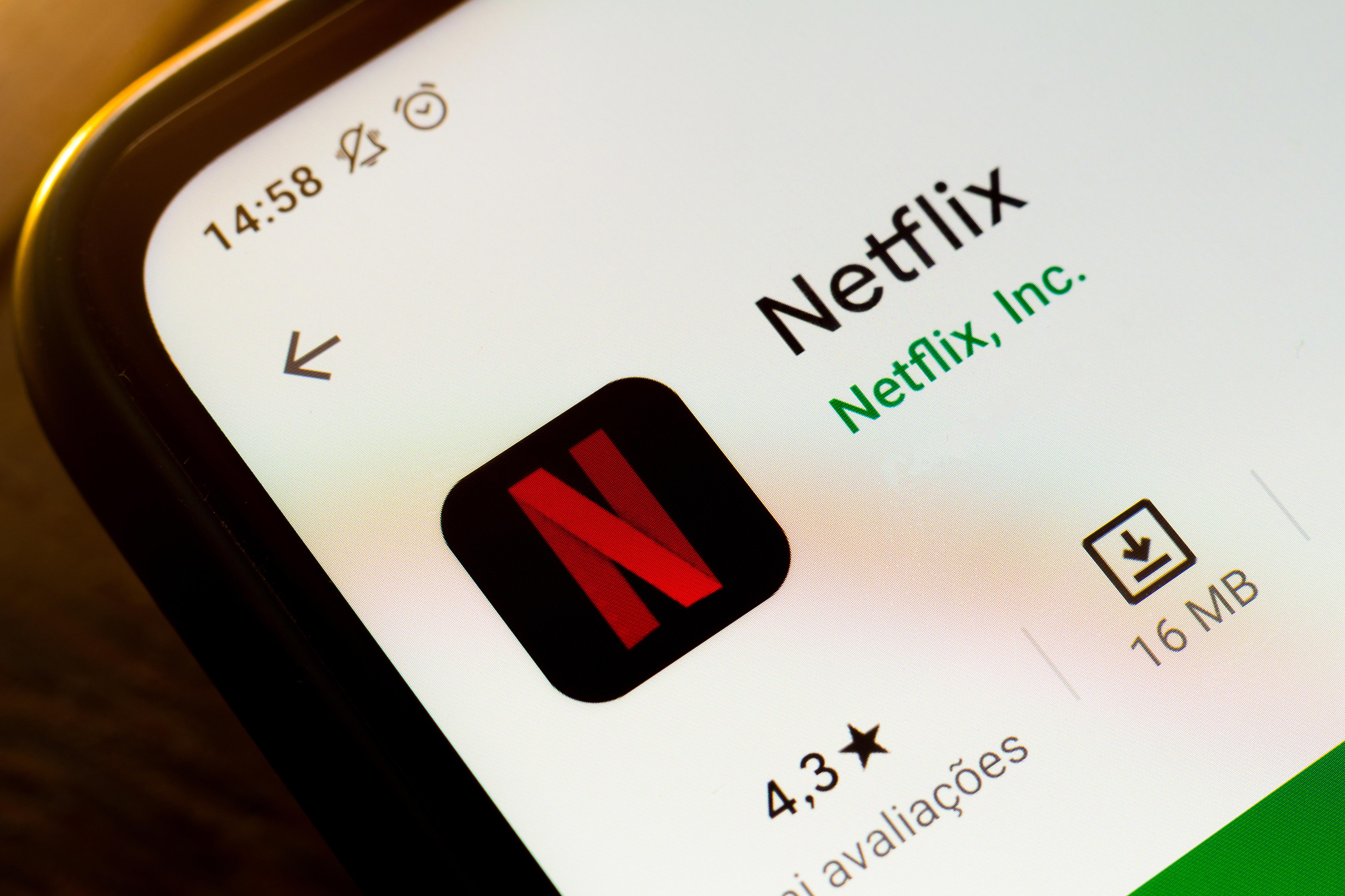Netflix 'test' pushes password sharers to get their own account