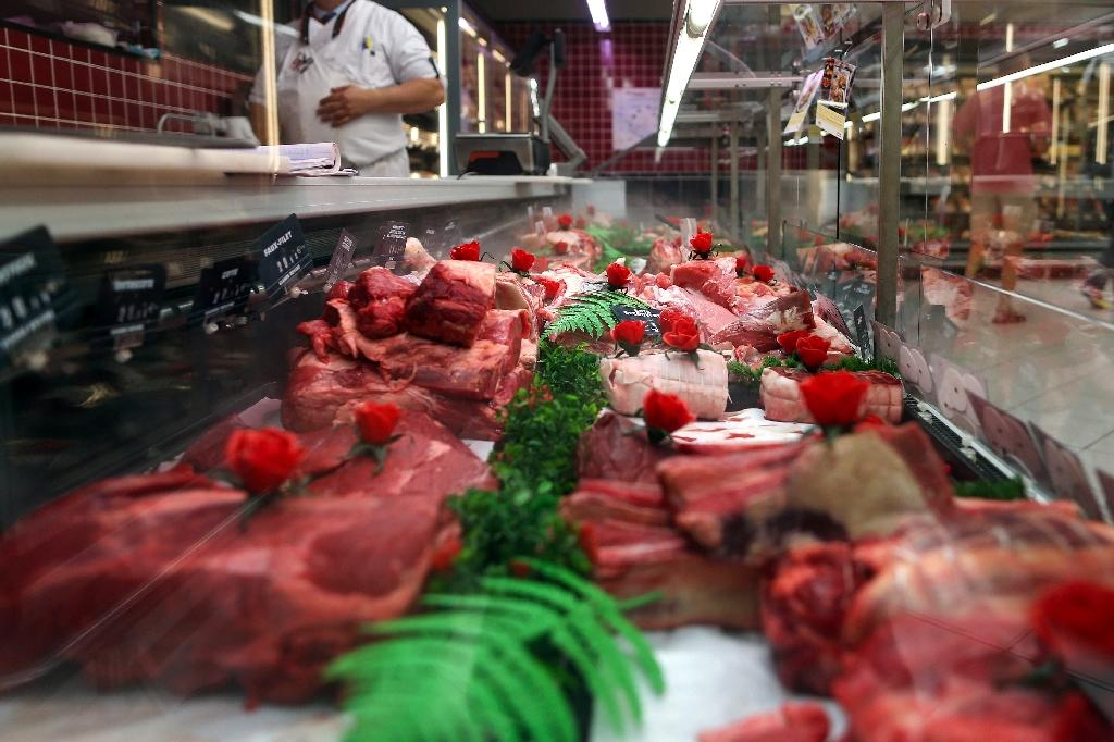 Every Polish beef import will have to pass lab tests conducted by the Slovak state food and veterinary administration before hitting the country's market (AFP Photo/CHARLY TRIBALLEAU)