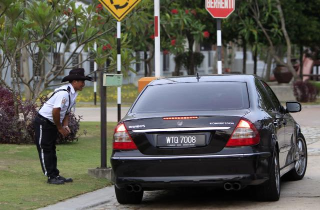 Malaysia will use RFID stickers to track vehicles