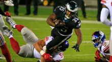 Eagles rally from 11-point deficit in final six minutes to earn 22-21 win over Giants
