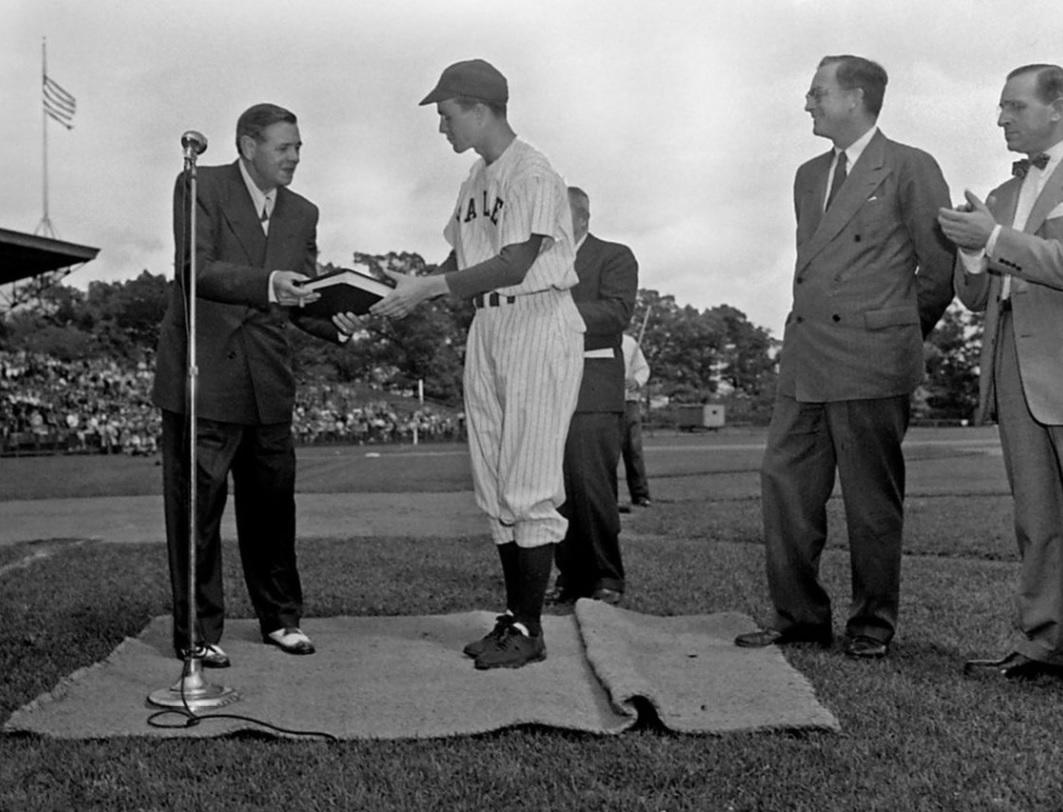 A Look At George H W Bush S Special Moments In Baseball