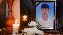 Twenty-six held over migrant lorry tragedy in Britain