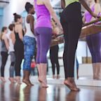 Here's What You Should Look For in a Barre Class If You Want to Burn More Calories
