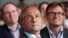 SocGen shareholders renew CEO Oudea for four-year board term