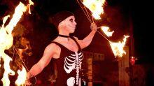 Halloween: Feuershow in Marzahn darf mit 300 Gästen doch stattfinden