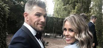 Wife cops abuse as cricket fans turn on Aaron Finch
