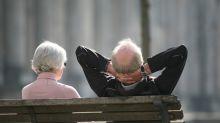 Rentner bekommen ab nächstem Monat mehr Geld