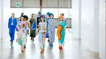 Issey Miyake compacte sa collection printemps-été 2021 dans une seule boîte pour la Paris Fashion Week