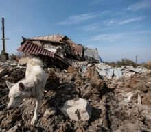 Armenian separatists say Azerbaijan closing in on key town