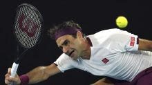 De menos a más, Federer avanza a cuartos en Australia