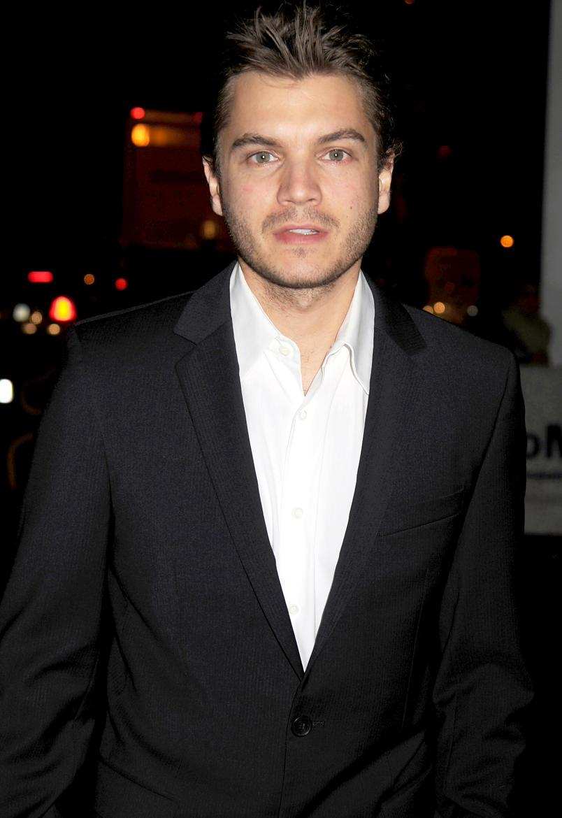 Emile Hirsch Charged with Felony Assault for Alleged