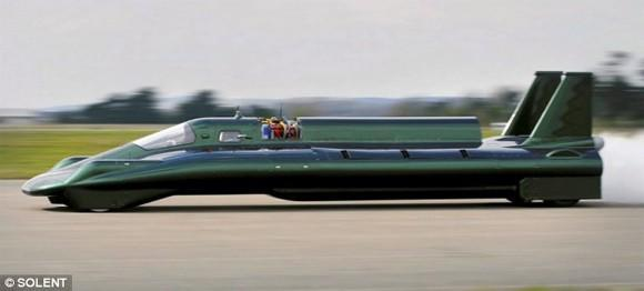 Steam-powered vehicle looks to scald world record