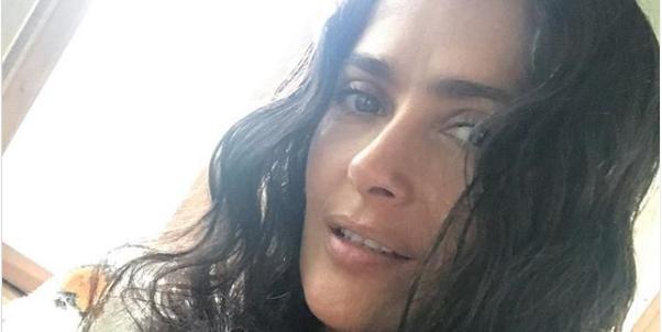 5 Skincare Secrets Salma Hayek Swears By To Make 53 Look Like 33
