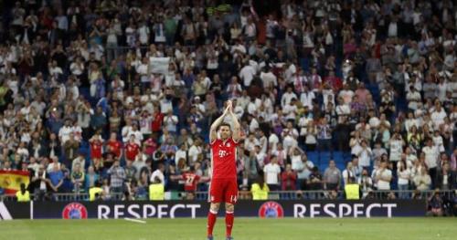 Foot - C1 - L'hommage du stade Santiago-Bernabeu à Xabi Alonso
