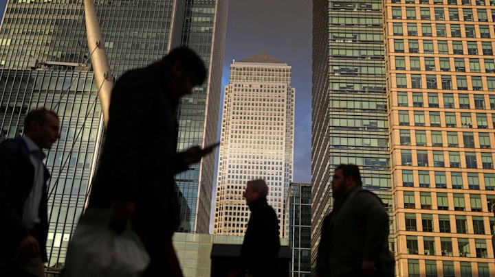 Banks likely to play follow the leader on account fees