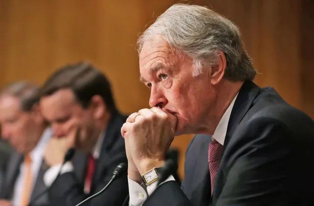 Senators force vote in an effort to restore net neutrality