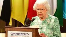 Reina Elizabeth expresa apoyo público al príncipe Charles como sucesor