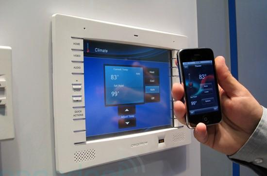 Crestron's home automation iPhone app demoed at CEDIA