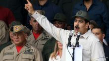 Las sanciones con las que EEUU intenta asfixiar a Maduro