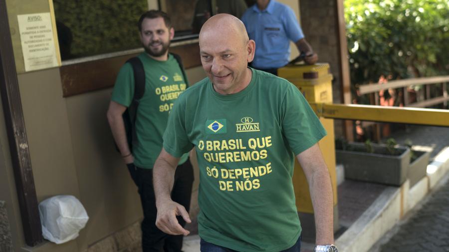 Havan prepara acordo milionário com SBT