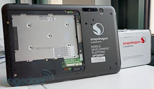 Engadget Giveaway: win a quad-core Qualcomm Snapdragon S4 Pro dev tablet!