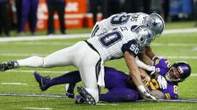A couple of controversial calls go Dallas' way, and the Cowboys escape with a win