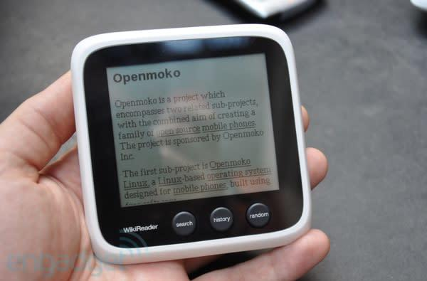 OpenMoko branches out with new $99 WikiReader device