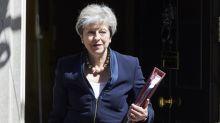 """Brexit: l'accord bouclé à """"95%"""" selon Theresa May"""