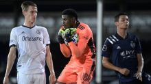Philadelphia jumps to early lead, ousts Sporting KC 3-1