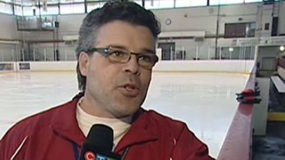 Pee wee hockey coach suspended over pushup punishment